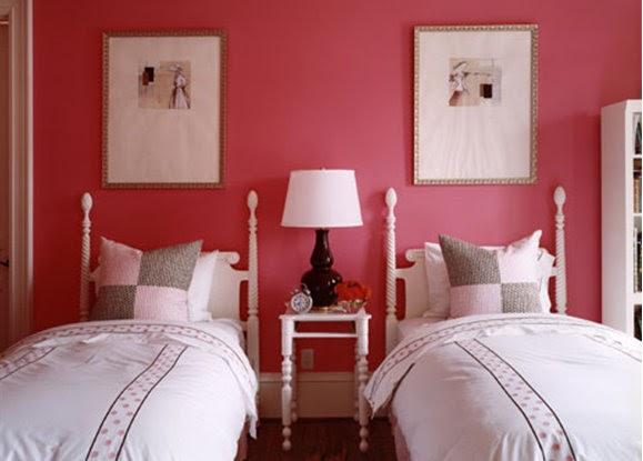 Pink Wallpaper: Tay's Room