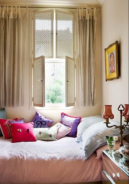 Vintage Dorm Decor