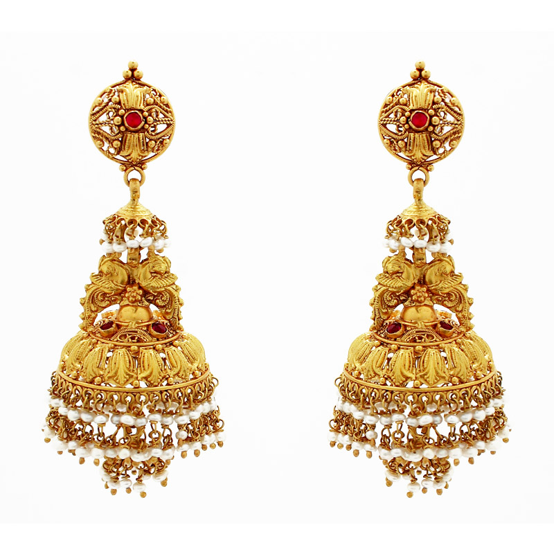 South Indian Weddings: Designs for Gold Jhumkas