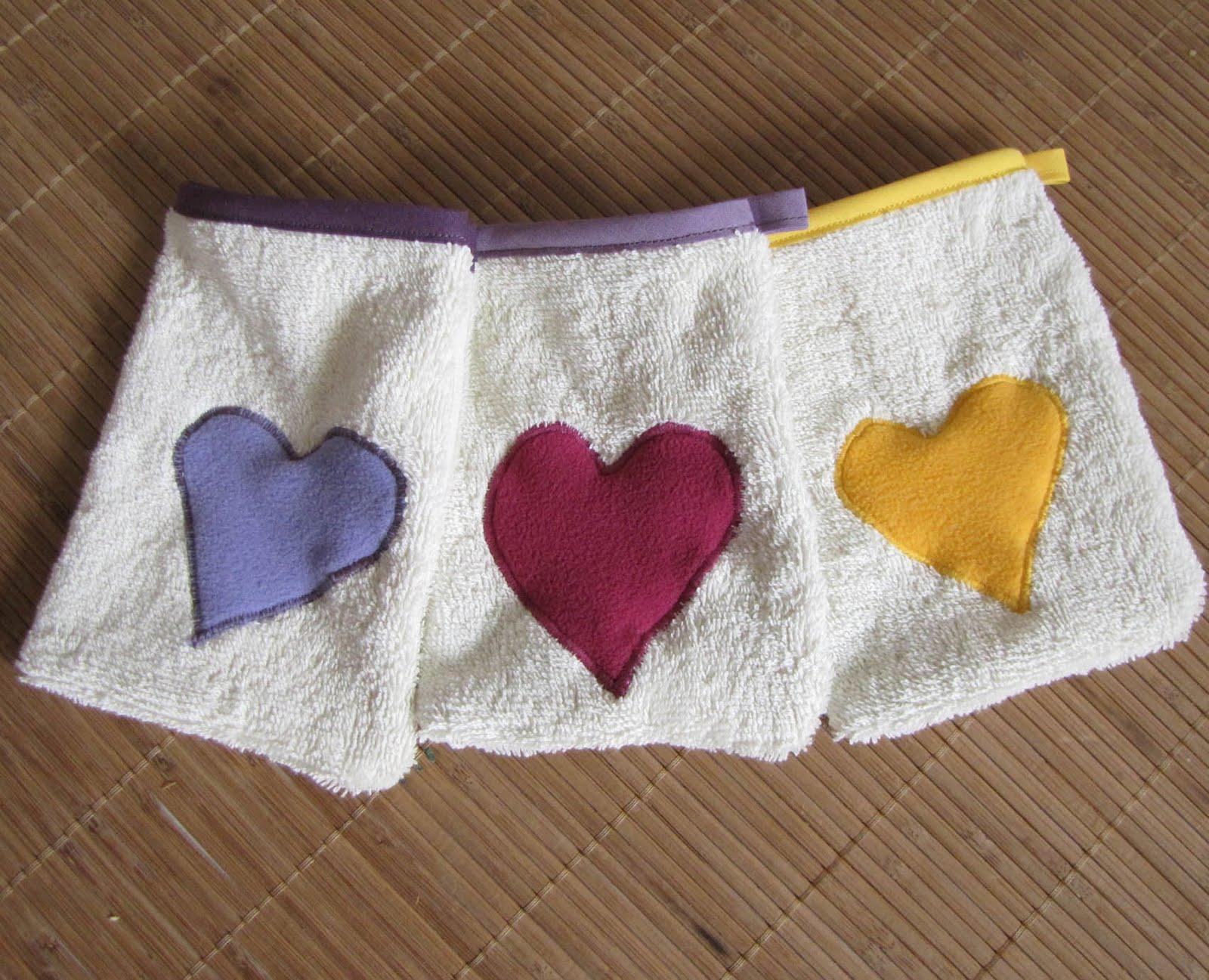cr ations couture nouvelle cr ation mini gant de toilette pour enfant. Black Bedroom Furniture Sets. Home Design Ideas