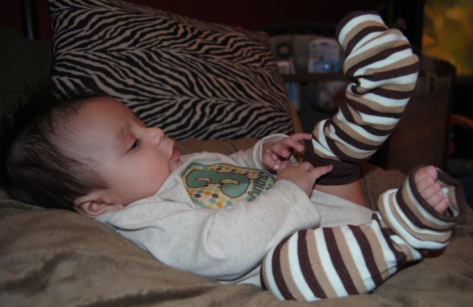 Die Füße Seiner Schwester