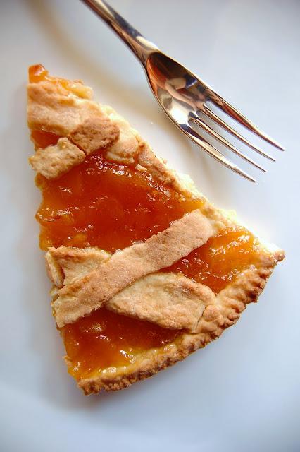 …con la marmellata…inevitabile crostata!