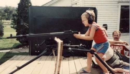 5 falsi miti sulle armi da fuoco a cui tutti credono for Rastrelliera per fucili fai da te
