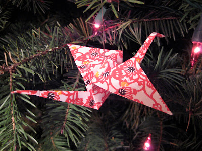 Origami Christmas Tree Tutorial - DIY - Paper Kawaii - YouTube | 300x400
