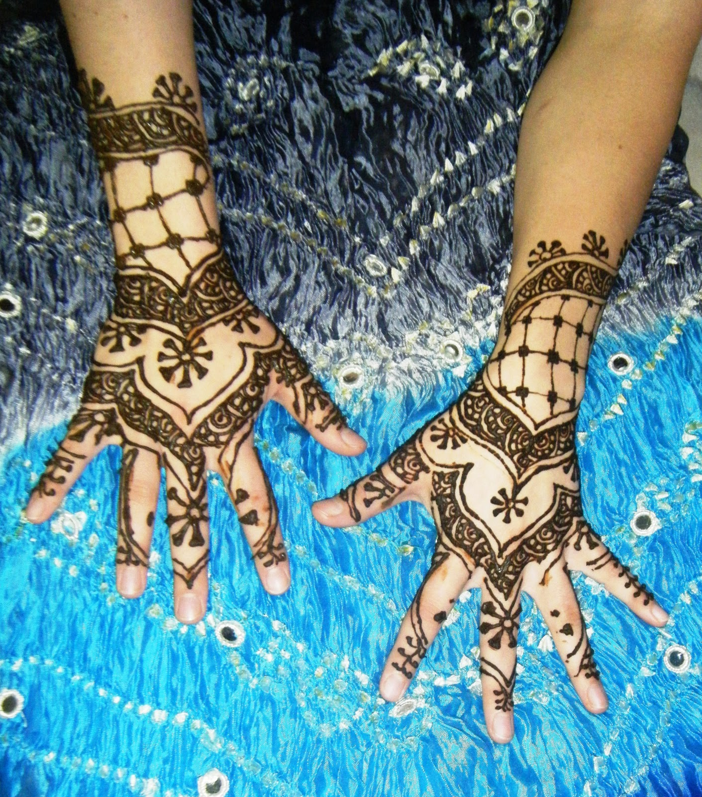 Traditional Henna Designs: Professional Henna Artist: Afghani, Indian, Arabic
