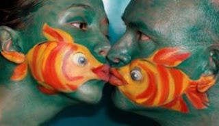 Do you kiss like fish? 3