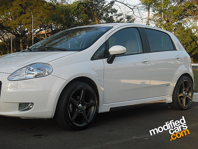 how to modyfy your car modified fiat punto 1 4 8v 2009. Black Bedroom Furniture Sets. Home Design Ideas