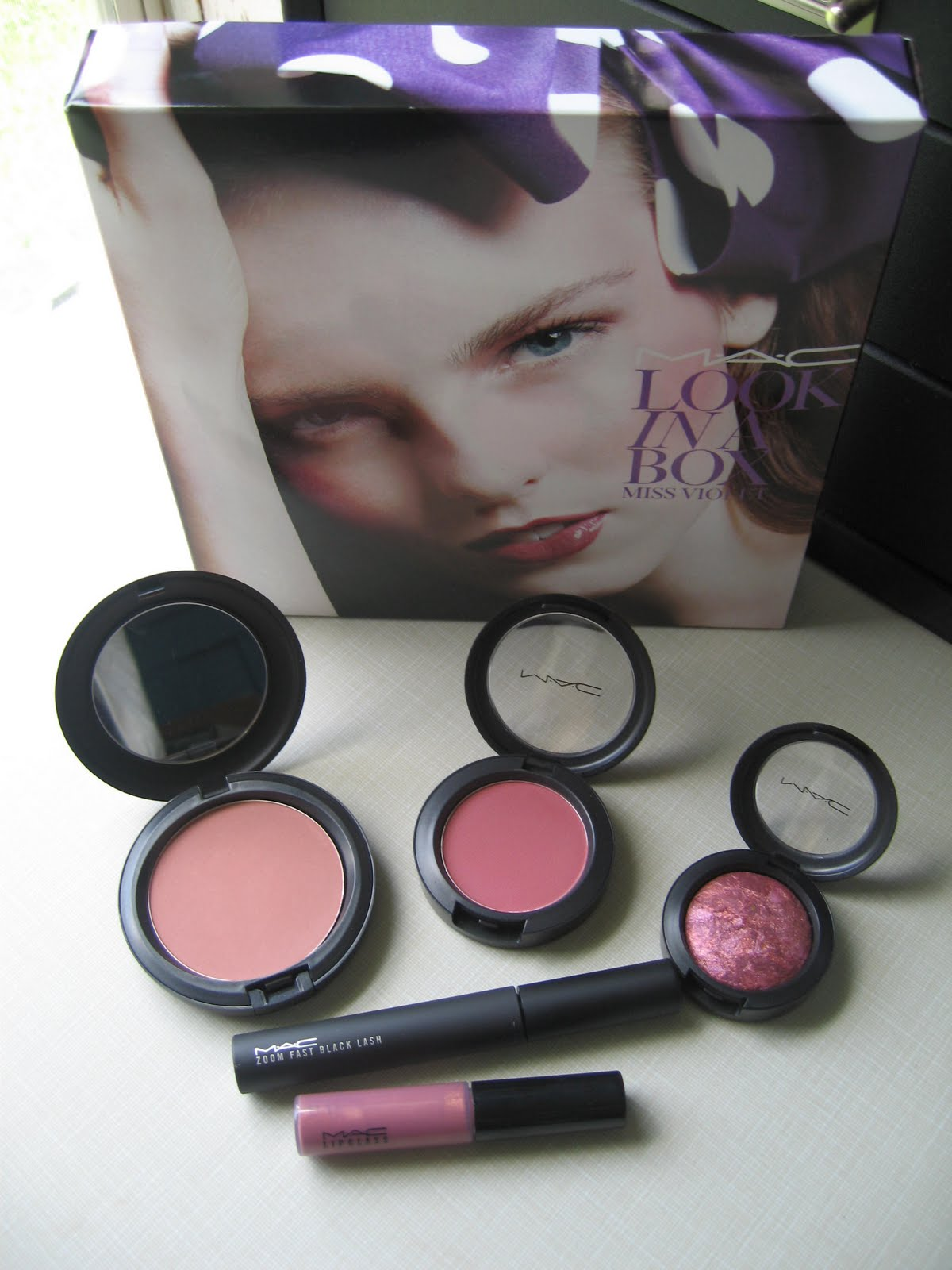 Mac Look In A Box 2016 Summer Collection: MAC Look In A Box - Miss Violet SWATCHES!