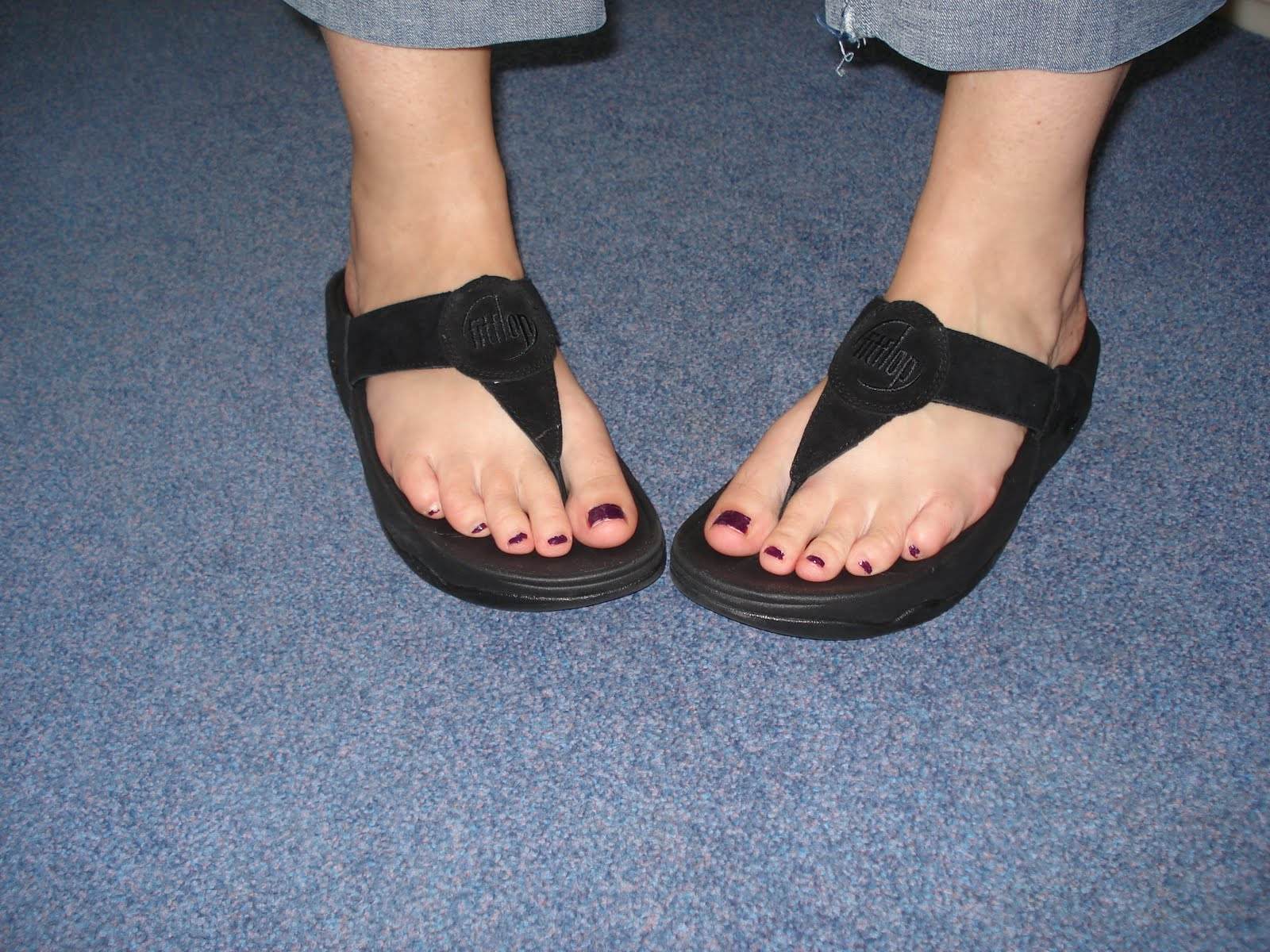 cf75bbc7574 Enough on our plates fit flop fan JPG 1600x1200 Fitflop foot
