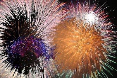 [fireworks-show-10.jpg]