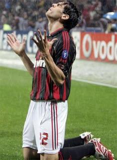 Playmaker andalan AC Milan Ricardo Kaka gres Terkini Milan Lab Disudutkan