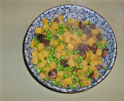 Rutabaga with Peas and Mushrooms