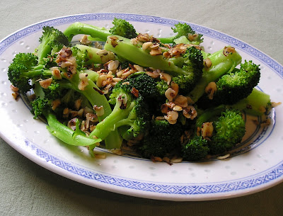 Broccoli with Hazelnut Butter