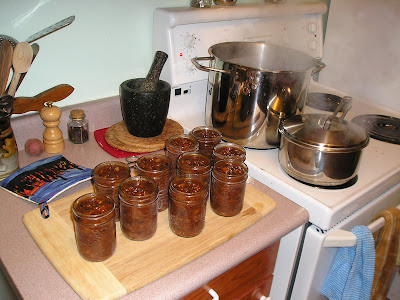 The Chutney Waiting to be Sealed