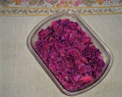 German Style Red Cabbage and Apples