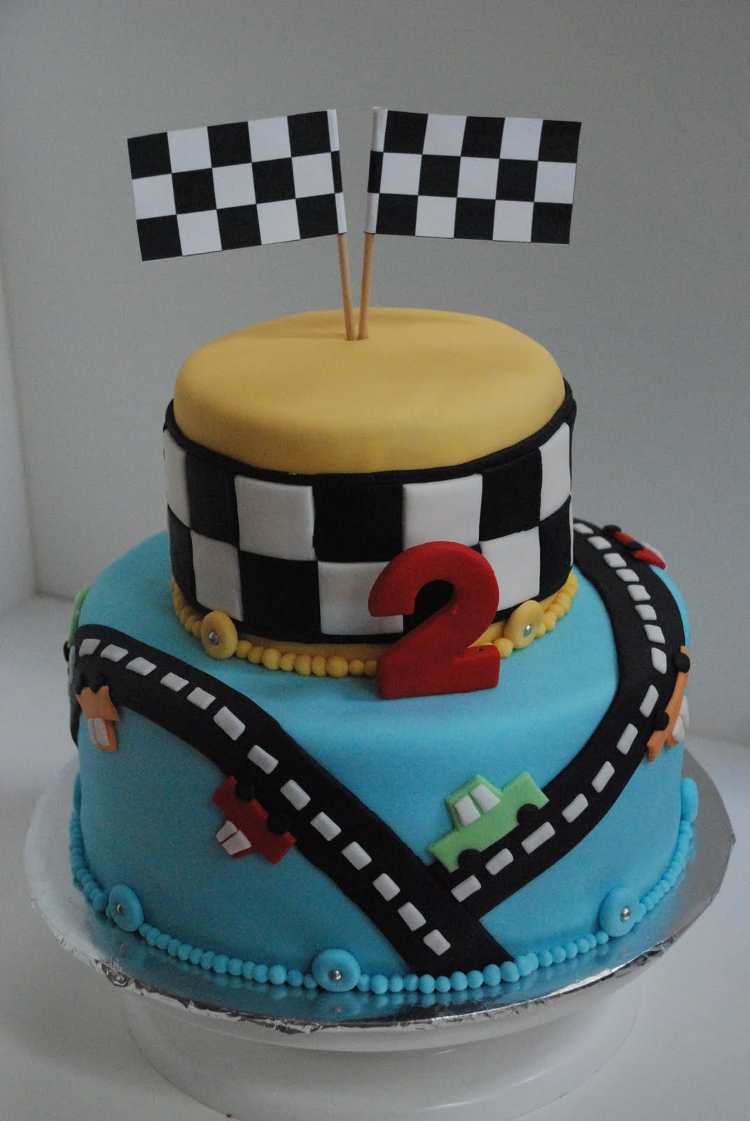 Bon G 226 Teau Cars Themed Birthday Cake
