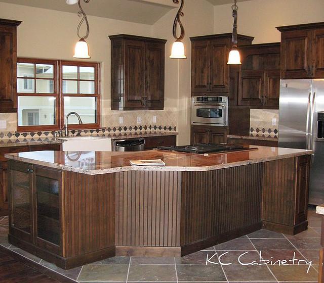 Colorado Knotty Alder Kitchen Cabinets