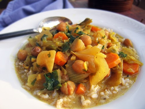 Gluten-Free Goddess Recipes: Crock Pot Curry with Coconut Milk