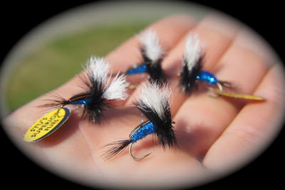 Stu's Fly Shop Superior Blowfly Humpy Flies