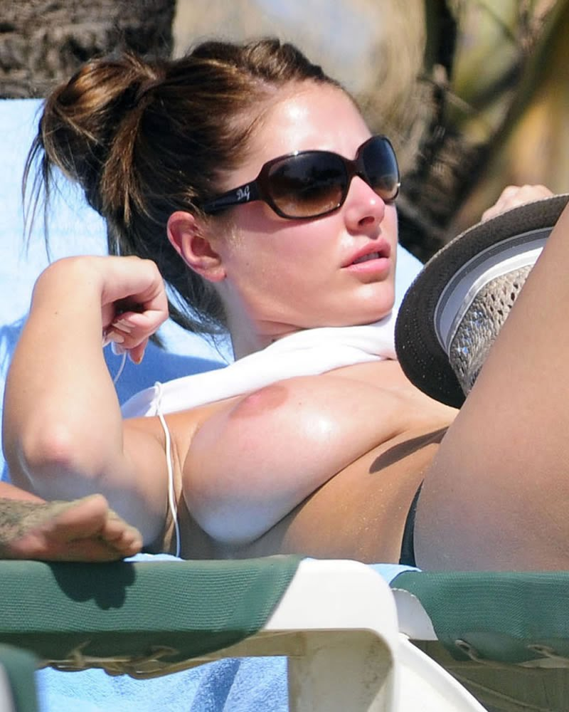 Lucy Pinder Topless At The Beach Sunbathing Her Massive -8533