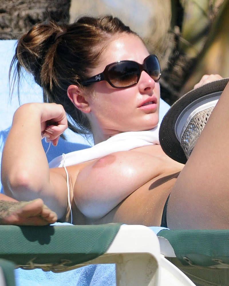Beach sunbathing nude-4808