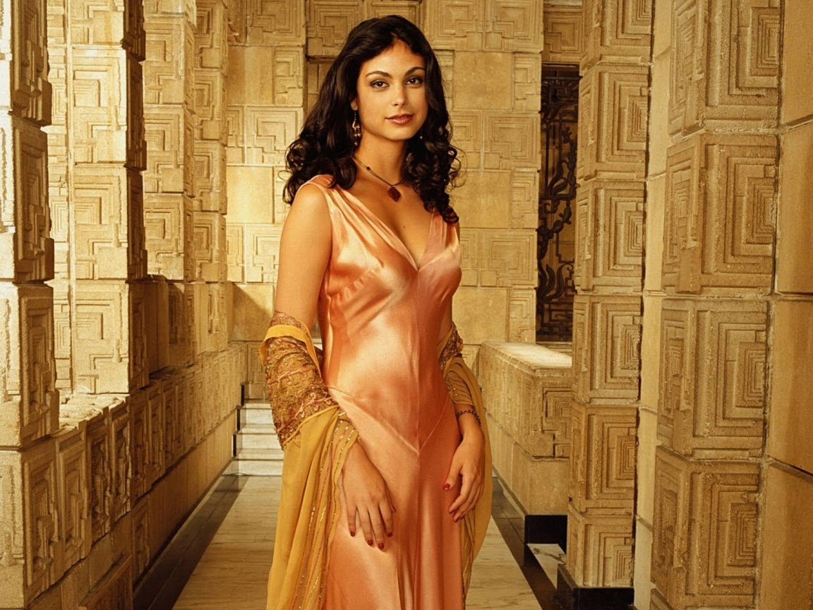 Morena Baccarin (Homeland) Ridiculously Hot : Gentlemanboners