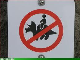 Os sinais de proibição mais bizarros 20