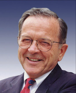 Ted Stevens:  Former Alaska Senator plane crash death confirmed