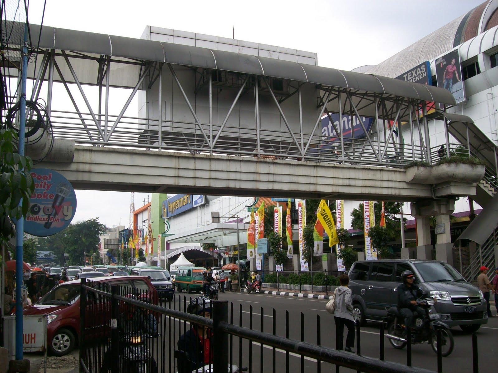 The Journey of My Life: Jembatan Penyebrangan yang Jarang ...