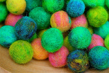 Making felted beads