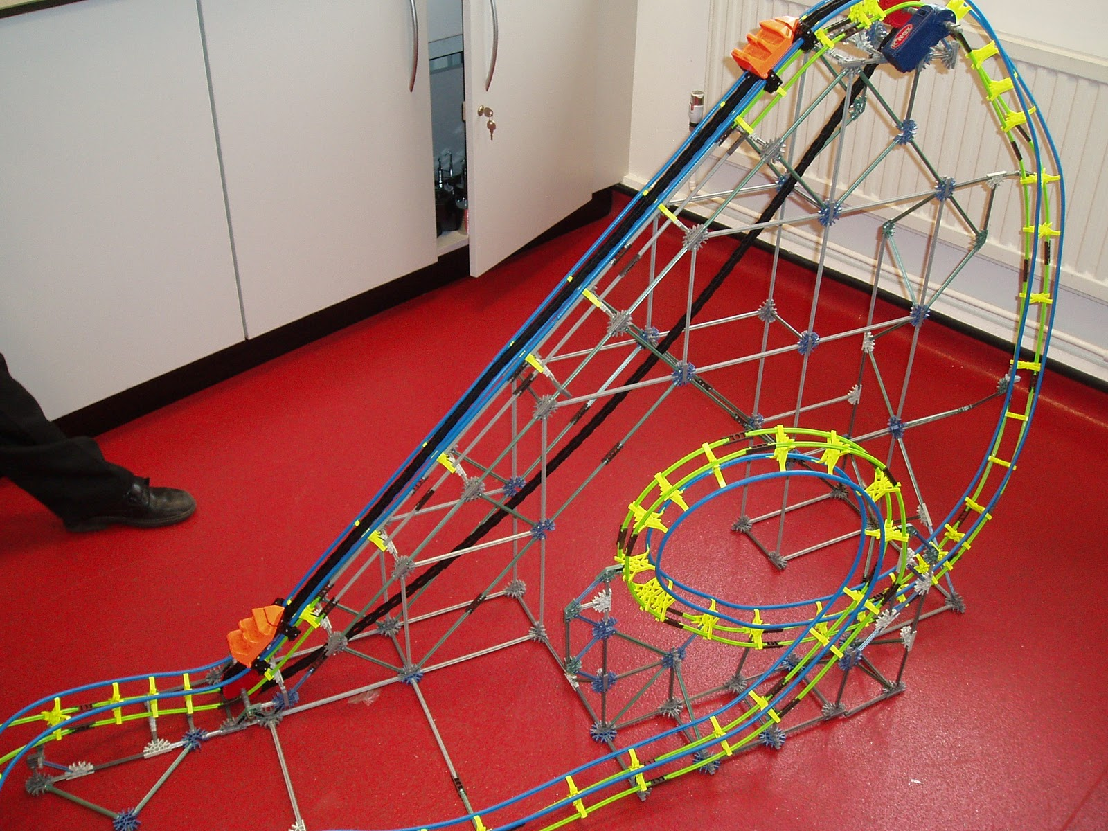 Physics Of Roller Coasters Pictures To Pin
