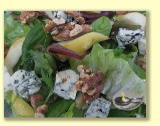 Salata cu branza Roquefort si pere