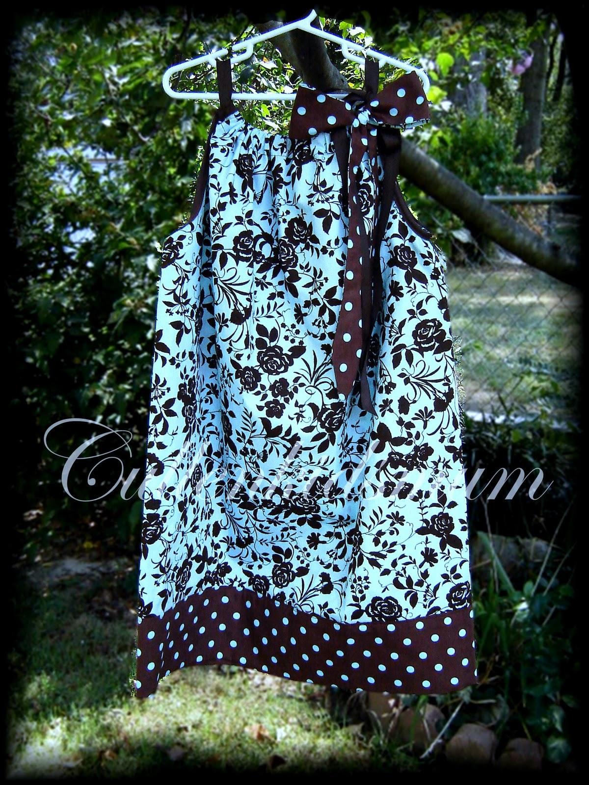 http://3.bp.blogspot.com/_PzC9I8k97eQ/TKJfAjrvDjI/AAAAAAAABDk/UfwXI09scE8/s1600/PC+dress%231.jpg