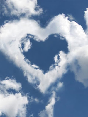 artislife: Natural art heart shape cloud