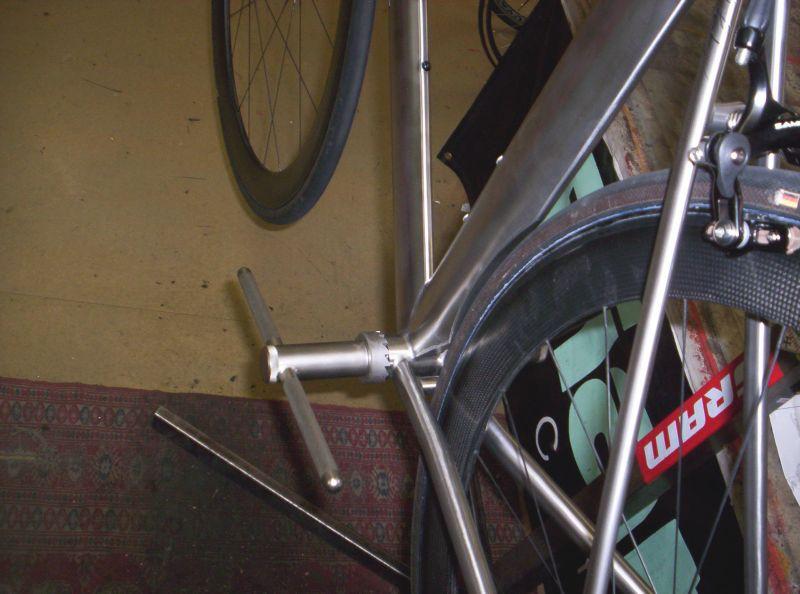 wind tunnel commuter bike fend3r