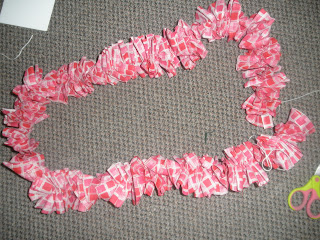 Ruffled Heart Wreath for Valentines Day-How to easily ruffle fabric using kite string