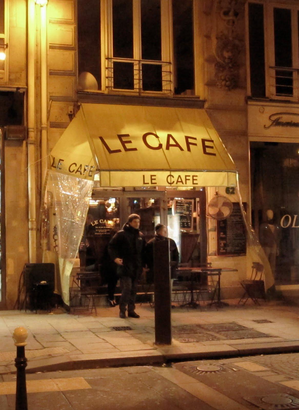 la mode the caf in paris. Black Bedroom Furniture Sets. Home Design Ideas