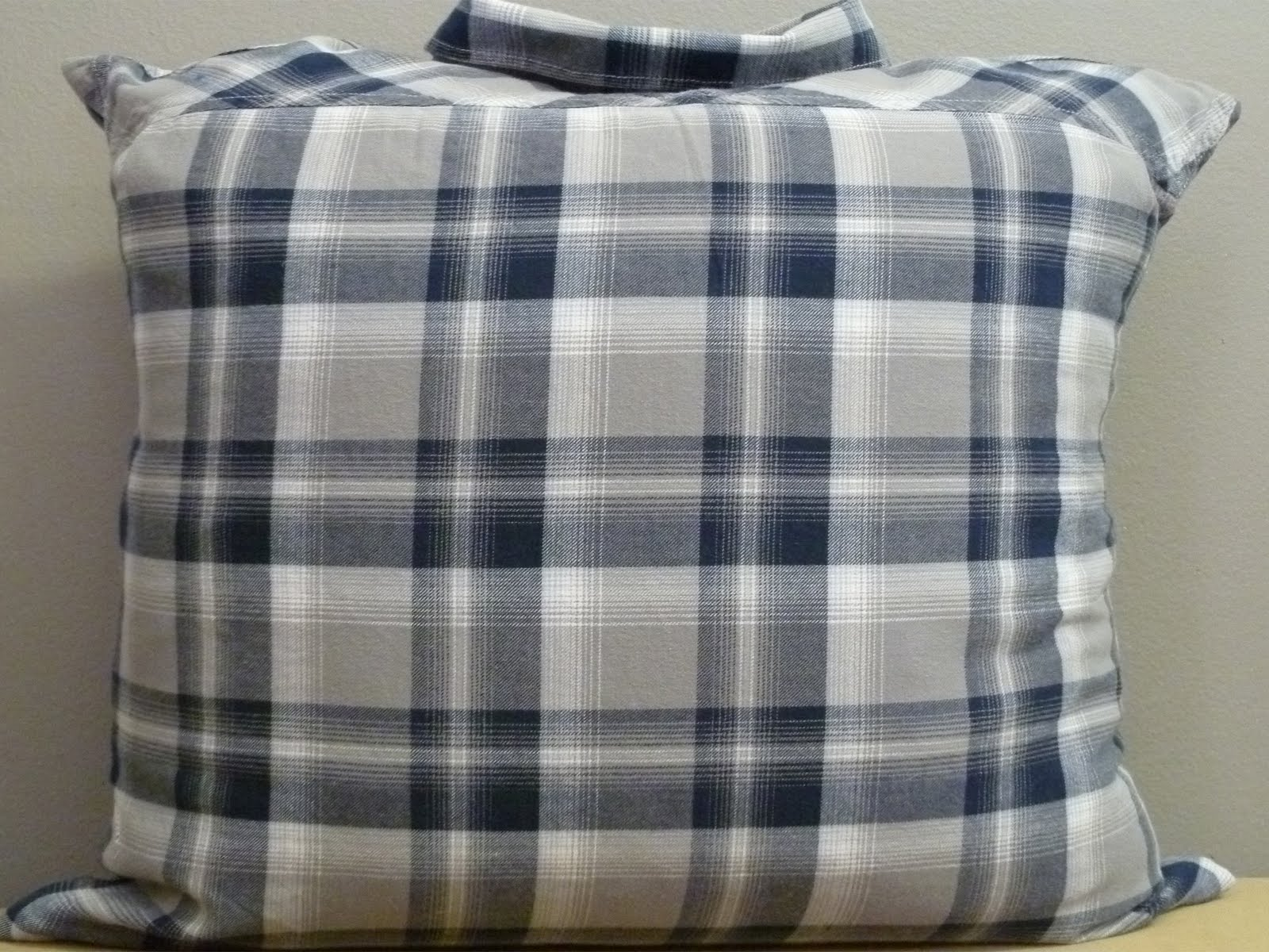 nakedwindow: 16x16 mens blue and gray flannel plaid shirt ...