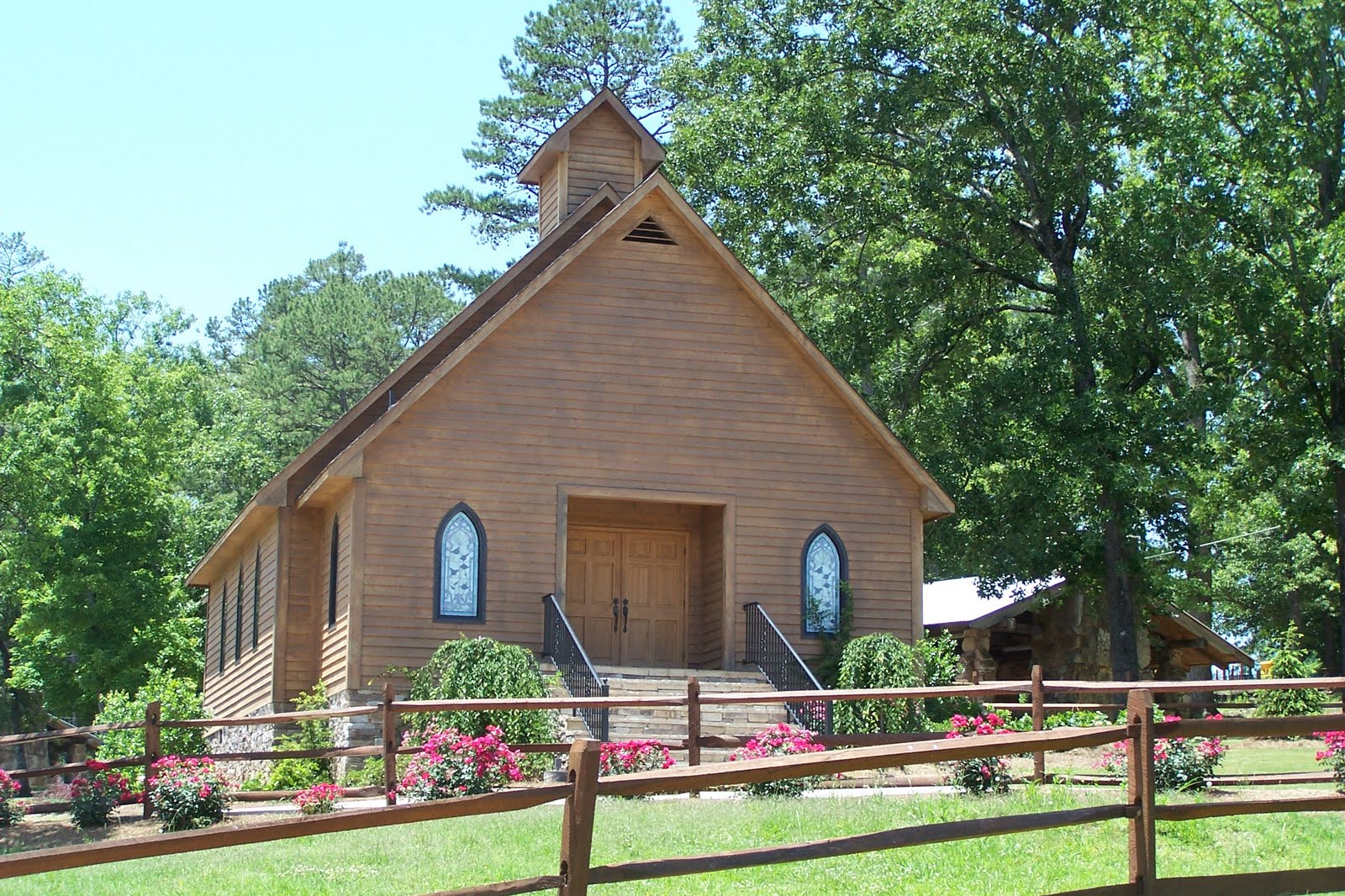 New Church They Use For Weddings At Noccalula Falls It Would Be A Beautiful Setting Wedding With The Not 50 Feet From