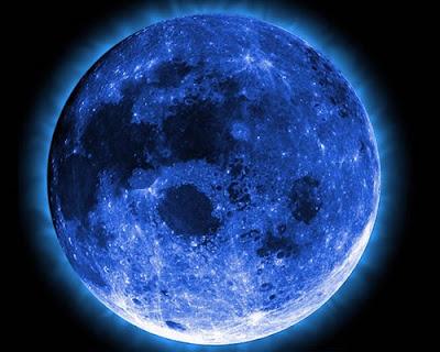 Extraño resplandor luna