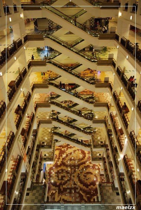 Info Dennis Top 10 Mall terbesar di Dunia  Indonesia