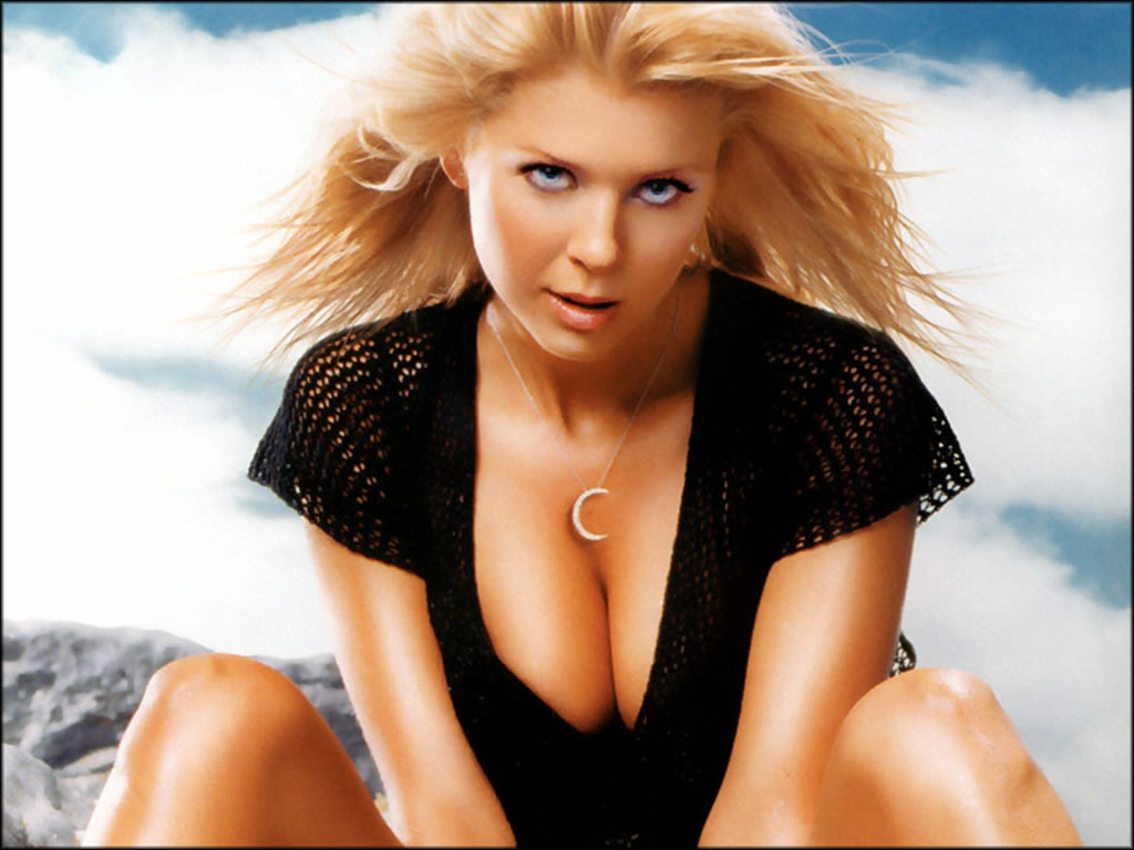 Tara Reid Hot Wallpapers Free Download Bikinisexy -4519