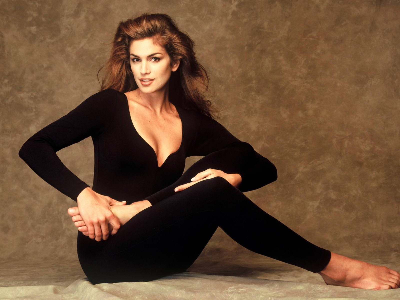 Cindy Crawford Hot Wallpapers Free Download Bikinisexyphotoshoot Girls Wallpapers Movie Dvd -8914