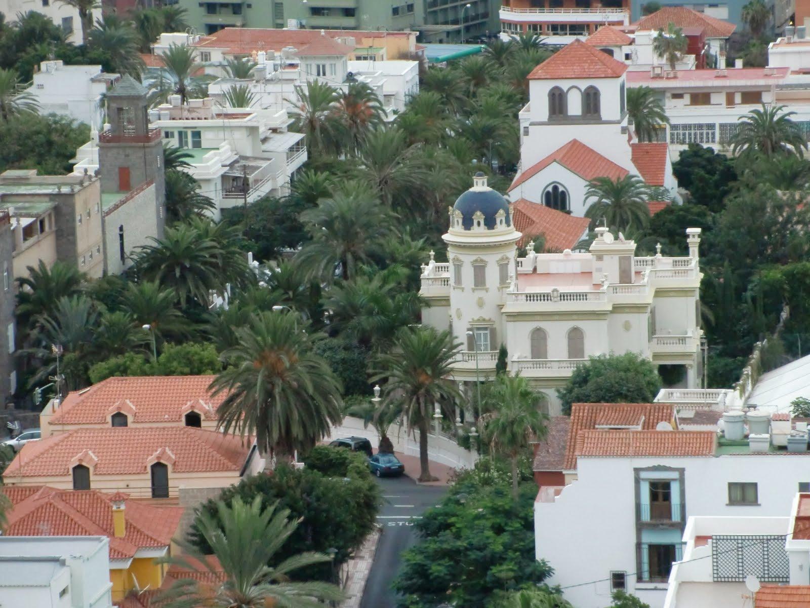 Canary islands photography mansion en ciudad jardin en for Casas en ciudad jardin las palmas