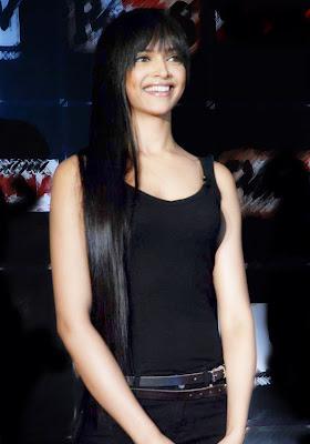 Deepika Padukone: Deepika Biography