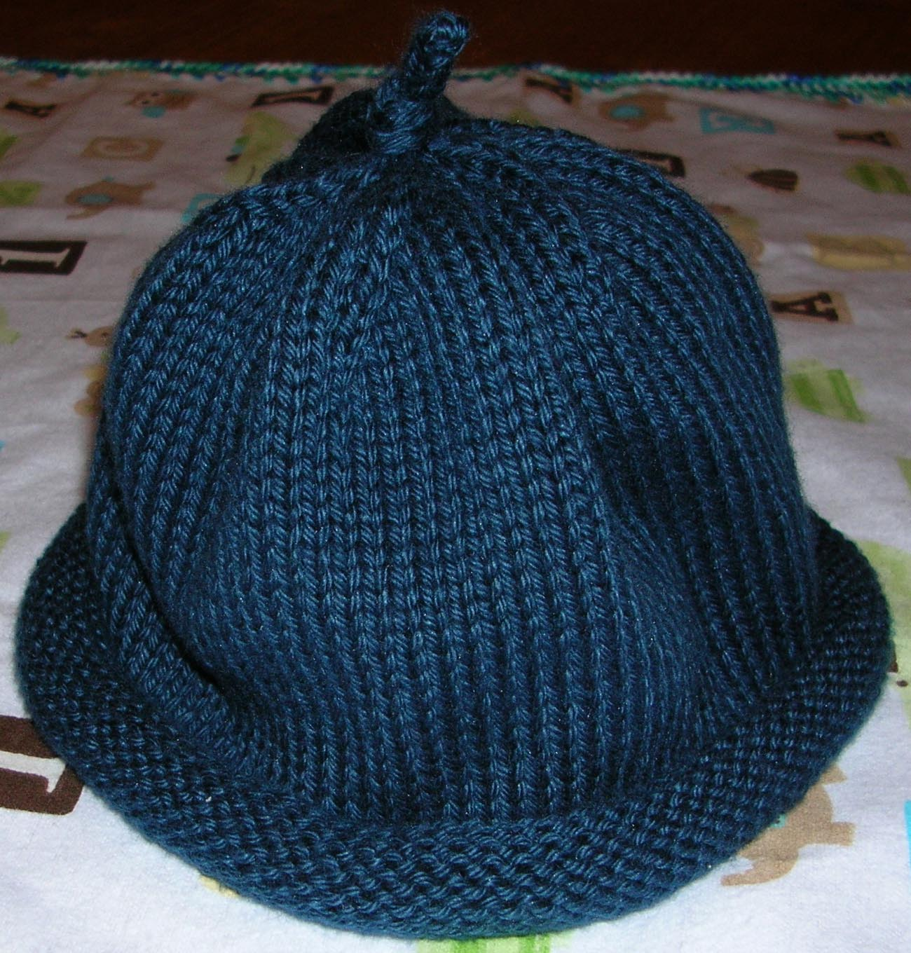 Serenity Knits: Simple Baby Hat Pattern