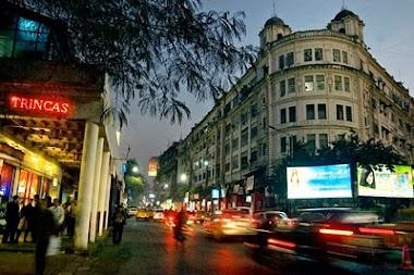 Walking Around Park Street in Kolkata