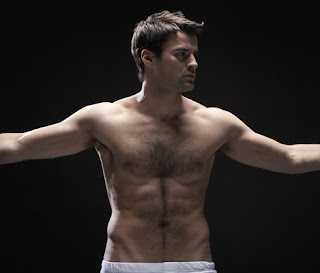 steve jones t4 presenter naked