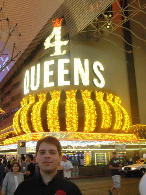 4 Queens Cassino.