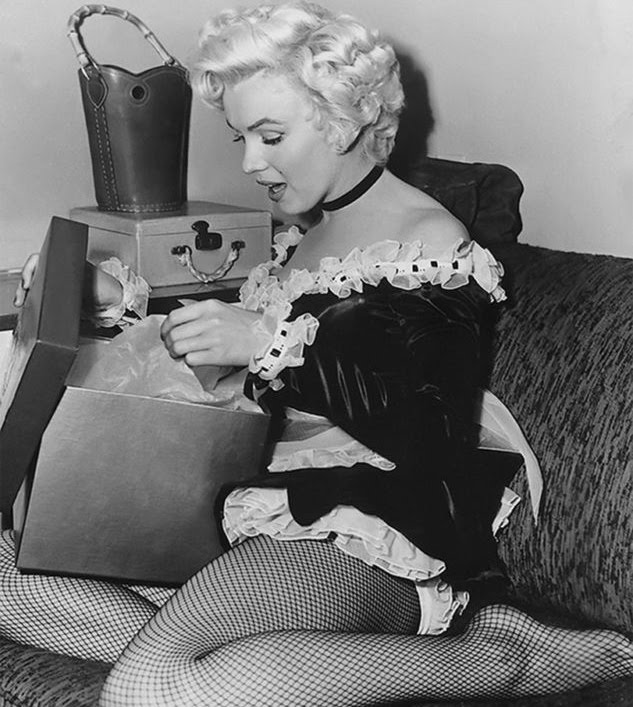 Marilyn monroe christmas gifts
